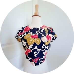 New Zara Floral crop top Size xs